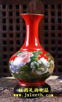 荣华富贵瓷瓶[红瓷赏瓶]